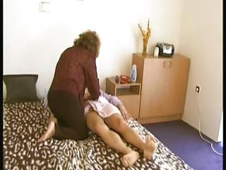 gratis orno granny massage