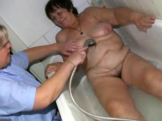 oma bbw sex at the massage