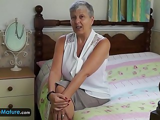 EuropeMaturE Sexy and Busty..